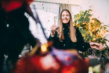 Nach der Silvester-Party wird es ernst: Es gilt die guten Vorsätze auch einzuhalten.               Fotos: Sams, Gepa, Malcom Kessler, Bernhard Rogen, handout/Pfanner, Marosch, Comper, Andriessen, Müller, Wölfling, Bilgeri