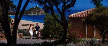 Ob Alleinreisende, Paare oder Familien – in Sardinien findet jeder sein persönliches Paradies.Fotos: handout/High Life Reisen, Shutterstock