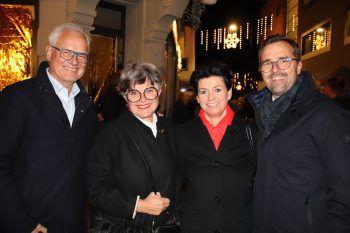 """<p class=""""caption"""">Peter und Susanne Scharax mit Petra und Markus Kirschner.</p>"""