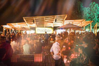 poolbar-Festival 2020Ab heute, 8 Uhr, sind die streng limitierten Early-Bird Festivalpässe und Punktekarten fürs poolbar-Festival, 10. Juli bis 16. August 2020, in Feldkirch erhältlich.