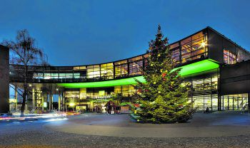 """""""Sternenglanz"""" Weihnachtszeit im Lindaupark. Foto: handout /joernlorenz"""