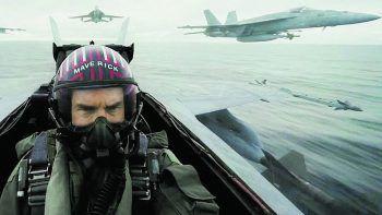 """Top Gun: Maverick16. Juli 2020. Das Original von 1986 ist ein echter Kultfilm, 2020 wird wieder abgehoben: Nach 34 Jahren begeben sich Tom Cruise alias """"Maverick"""" und Val """"Iceman"""" Kilmer wieder auf den Highway in die Gefahrenzone."""
