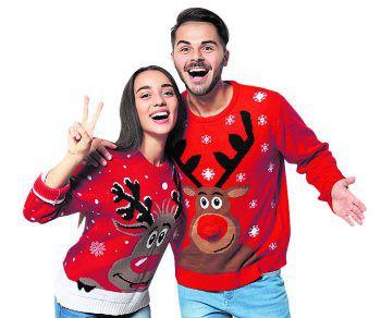 WeihnachtspulliWeihnachtspullis erfreuen sich von Jahr zu Jahr mehr an Beliebtheit – sie können fast nicht kitschig genug sein. Ein Highlight auf jedem Weihnachtsfest!