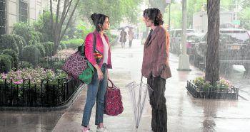 """Woody Allens romantische Komödie erzählt von Turbulenzen eines verregneten Liebeswochenendes in New York und wirft einen liebevollen Blick auf die kleinen und großen Wunder des Lebens. """"A Rainy Day in New York"""" läuft aktuell in den österreichischen Kinos. Foto: Polyfilmverleih"""