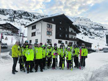 23 Special Olympics Wintersportler und Trainer waren in einen mehrtägigien Trainingscamp in Lech-Zürs am Arlberg eingeladen.Foto: handout / Lech Zürs Tourismus
