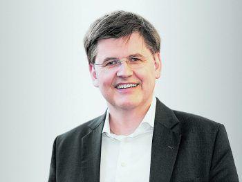 Bernhard Feigl ist der Meinung das ohne gute Handwerker kaum weitere Aufträge angenommen werden können.