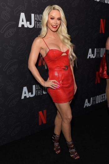 "Hollywood. Ganz in Rot: Social Media-Star Gigi Gigi Gorgeous bei der Premiere der Netflix-Komödie ""AJ and the Queen""."