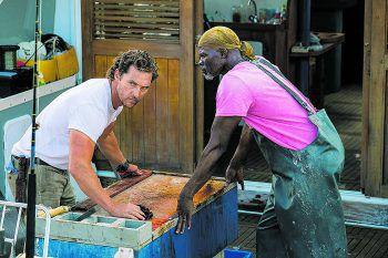 """<p class=""""title"""">Im Netz der Versuchung</p><p>Film, Amazon Prime Video. Baker Dill (Matthew McConaughey) lebt zurückgezogen als Touristenführer auf einer Insel. Dann taucht plötzlich seine Ex (Anne Hathaway) auf und bittet ihn verzweifelt um Hilfe. Ab morgen auf Prime Video.</p>"""