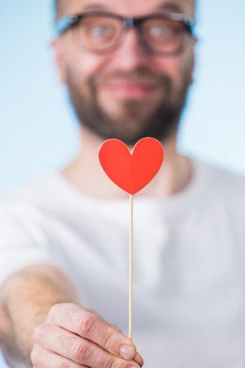 Vielleicht die große Liebe beim Single-Sonntag kennenlernen – es ist möglich. Jetzt anmelden. Foto: Shutterstock