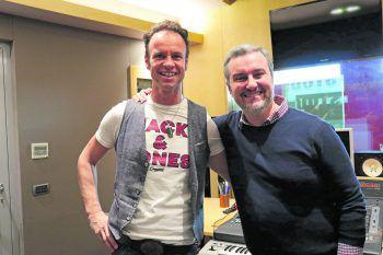 """Musiker Wolfgang Frank und Produzent Marco Adami verbindet neben der Musik auch eine tiefe Freundschaft. """"Wir sind wie eine Familie"""", scherzt Adami. Fotos: W&W/Heel"""