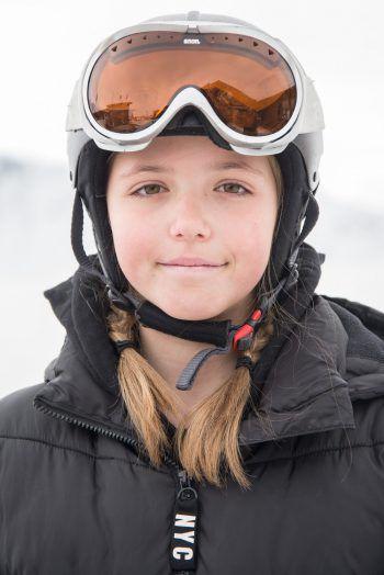 """<p>Alicia, 11, Bludenz: """"Die Woche war extrem cool, für mich eine Premiere. Wir konnten am Abend ins Hallenbad und durften selbst einkaufen gehen. Am besten finde ich, dass ich Snowboarden gelernt habe. Das freut mich ammeisten!""""</p><p /><p />"""