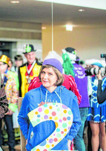 """<p class=""""caption"""">Barbara Schöbi-Finks Kostüm ist immerhin rechnerisch eine solide Leistung.</p>"""