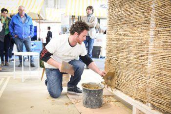 """Bei der Sonderausstellung """"Bau mit Lehm"""" können die Besucher alles über den interessanten Baustoff erfahren.Fotos: handout/Messe Dornbirn"""