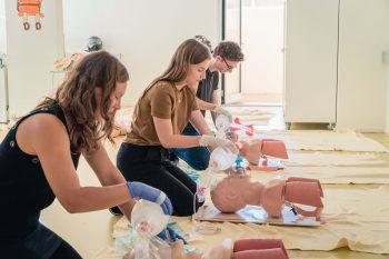Das Studium bietet eine praxisnahe und hochqualifizierte Grundausbildung.