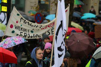 Die Jugendlichen debattieren über Zukunftsfragen. Symbolfoto: W&W/Küng