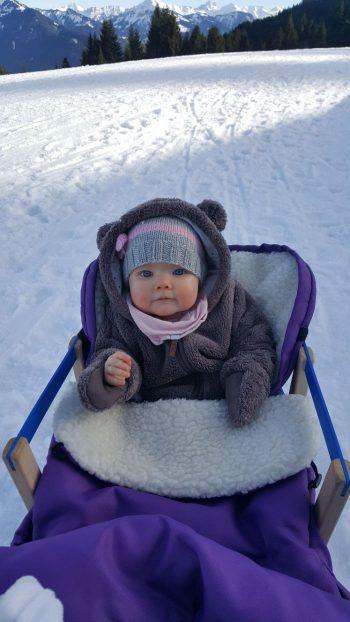 Die kleine Emma sammelte über 150 Likes auf Facebook!