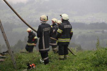 Die Ortsfeuerwehr Schwarzenberg war mit 40 Mann und drei Fahrzeugen vor Ort.
