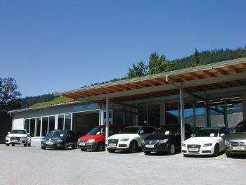 Ein Autohaus im Bregenzerwald: Autos aller Marken findet man bei Bereuter Automobile KG in Sibratsgfäll.Fotos: W&W; Shutterstock