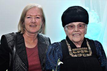 """<p class=""""caption"""">Elisabeth Stadelmann und Maria Dorner (GasthofHirschen Sibratsgfäll).</p>"""