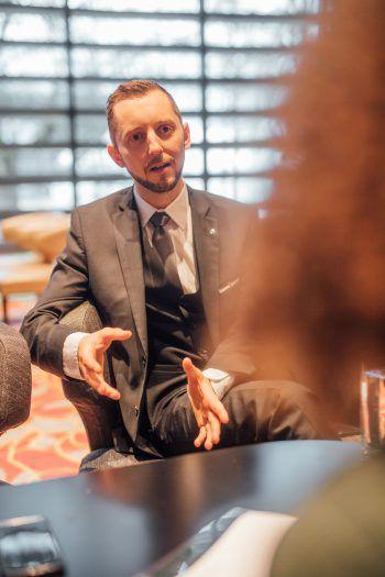 """<p class=""""caption"""">Er brachte ihr alles bei: Harald Tement agierte fünf Jahre als Pokermanager und widmet sich nun neuen Aufgaben im Casino Bregenz.</p>"""
