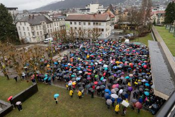 "<p class=""title"">Erste Großdemo</p><p class=""title"">15. März 2019. Bis zu 2000 Schüler aus dem ganzen Land marschieren durch Bregenz.</p>"
