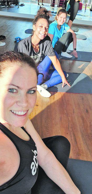 Die WANN & WO-Mädels Mary, Leonie und Tamara testeten verschiedene Fitnesstrends.