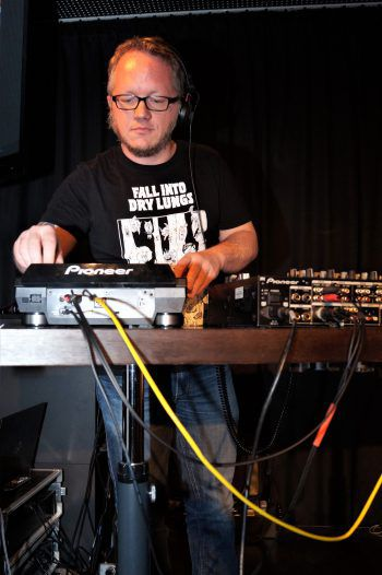 Für die Musik zuständig: DJ Felix Montfort. Hartinger