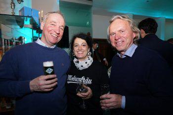 """<p class=""""caption"""">Hinrich Hammel (Braumeister Brauerei Egg), Alexandra Köhnlein (Grafikerin Mohrenbräu) und Hubert Berkmann (GF Brauerei Egg).</p>"""