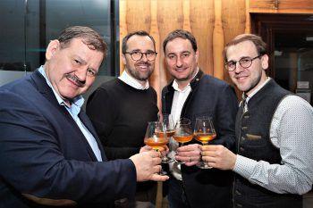 "<p class=""caption"">Hubert Kinz, Markus Kirschner, Thomas Pachole (Mohren) und Hubert Kinz junior.</p>"