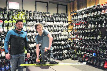 Jeder Skifahrer wünscht sich einen perfekten Skiservice – Das Team von Intersport Fischer achtet darauf, dass dem Skivergnügen nichts mehr im Wege steht.
