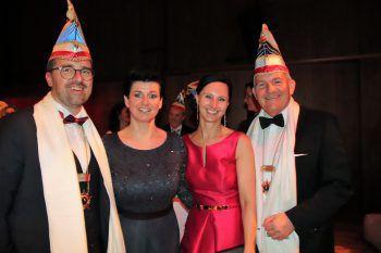 """<p class=""""caption"""">Markus und Petra Kirschner mit Sabine und Renato Schneider.</p>"""