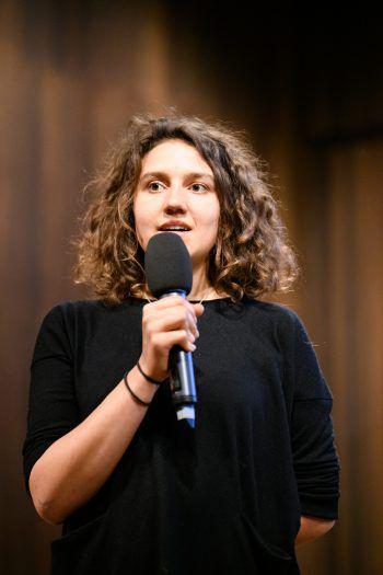 """<p class=""""caption"""">Moderatorin Franziska Möhrle führte durch den Abend.</p>"""