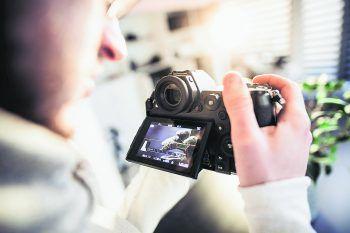 Philip Breuss von Sams Foto hat seine Leidenschaft für Fotos und Filme zum Beruf gemacht.Foto: handout/Sams-Foto