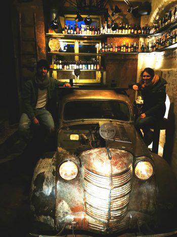 <p>Pubtime: Stefanie und Timo in einem der urigen Pubs von Riga.</p>