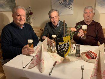"<p class=""caption"">Walter Kopf, Joe Muxel und JosefNachbaur.</p>"