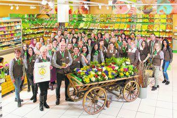 Alle Mitarbeiter rund um Marktleiter Ilija Trailovic haben einen großen Anteil am Erfolg des Eurospar Bregenz-Vorkloster.Foto: handout / Spar