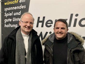 """<p class=""""caption"""">Bischof Benno und Jürgen Kessler.</p>"""