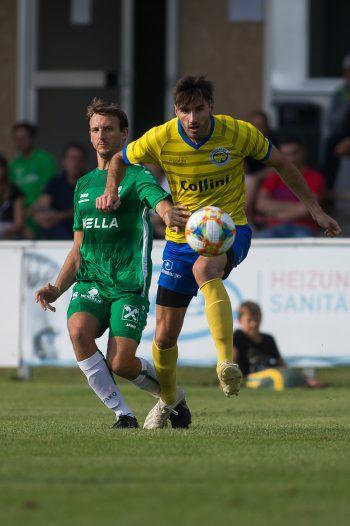 Derby zur Sonntags-Matinee: Der DSV empfängt den VfB Hohenems.Fotos: Steurer, Stiplovsek