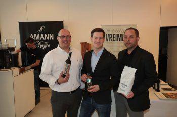 "<p class=""caption"">Dietmar Eisenhofer (Freihof), Andreas Neumann (Red Bull) und Roland Kuster (Amann).</p>"