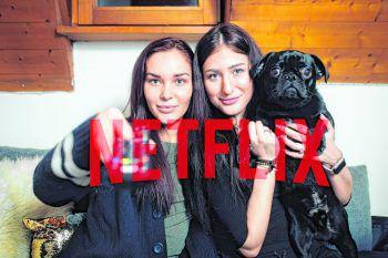 Einen gemeinsamen Filmabend veranstaltet man zum Schutz vor Corona derzeit lieber nur mit der Mitbewohnerin. Der Hund ist zum Glück aber immer erlaubt.Foto: Sony