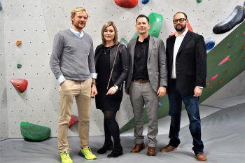 Extrembergsteiger Benedikt Böhm, Christina Egger (Stadtmarketing), Robert S. Salant (GF Stadtmarketing) und Prokurist Niklas Keller.
