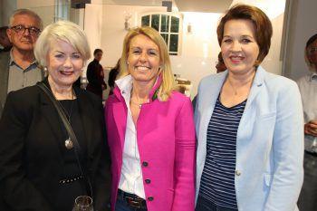 "<p class=""caption"">Ilga Sausgruber, Petra Kreuzer und Bgm. Andrea Kaufmann.</p>"