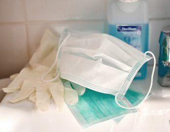 Im Ländle mangelt es an Schutzmasken und Desinfektionsmittel.Symbolfoto: APA