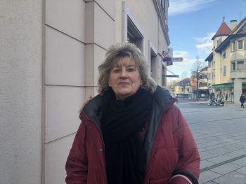 """<p>Karin, 69, Hard: """"Hamsterkäufe mache ich keine und finde ich auch übertrieben. Gewisse Sachen hat man ohnehin auf Vorrat zuhause. Und wie man sagt: 'z'Tod gfürcht isch oh gstorba'.""""</p>"""