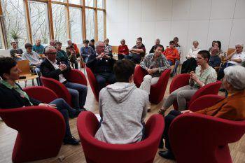 """Knapp 70 Personen nahmen am """"Generationtalk Klimakrise!"""" teil.Fotos: freigeist arbogast/Pete Ionian"""
