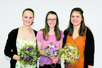 Nina Schneider (3. Platz), Johanna Salzgeber (1. Platz) und Angelika Gasser (2. Platz). Foto: Dietmar Mathis