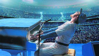 """<p class=""""title"""">Rocketman</p><p>Film. Regisseur Dexter Fletcher (""""Bohemian Rhapsody"""") zeigt in """"Rocketman"""" die bislang unerzählte Geschichte der faszinierenden und schillernden Persönlichkeit Sir Elton John. Das Biopic mit Taron Egerton läuft ab 10. April.</p>"""