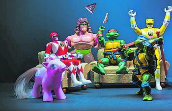 """<p class=""""title"""">Spielzeug</p><p>Dokumentation. Barbie, Lego, Ninja Turtles – wer hatte nicht mindestens eins davon? In der Doku geht Netflix den Spielzeugen und ihrer Geschichte auf den Grund. Nostalgie-Alarm!</p>"""