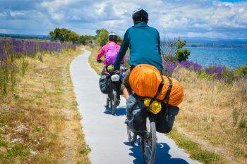 """<p class=""""title"""">Tourenräder</p><p /><p>Von der Stadt über die Berge bis zur Wüste: Adventure-Touring-Bikes kommen mit allen Reisestrapazen zurecht. Sie bringen einen zu den schönsten und abgelegensten Orten der Welt. Egal welche Route man einschlägt, ein Adventure-Touring-Bike ist der perfekte Reisebegleiter.</p>"""