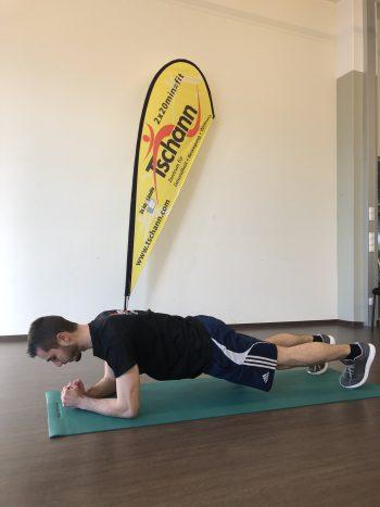 """<p class=""""title"""">               Unterarmstütz             </p><p>Ausgangslage: Den Körper auf den Unterarmen und den Zehen abstützen, die Schultern sind dabei über den Ellenbogen. Durchführung: Den Oberkörper parallel zum Boden halten, die Ellenbogen aktiv gegen den Boden drücken und Richtung Zehen ziehen. Diese Trainingsübung stabilisiert die Rumpfmuskulatur und sorgt für einen schön geformten Körper.</p>"""